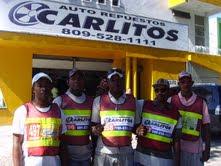 REPUESTO CARLITOS ENTREGA CHALECOS A MOTOCONCHISTAS EN SC