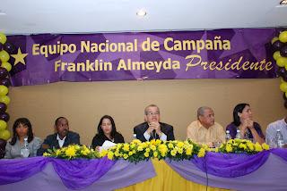 FRANKLIN ALMEYDA PRESENTA SU EQUIPO NACIONAL DE CAMPAÑA
