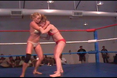 Apartment Wrestling Girls http://sybilstarr.blogspot.com/2008/06/live-female-wrestling-matches.html