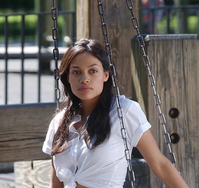The Adventures Blog Rosario Dawson Beautiful Pictures
