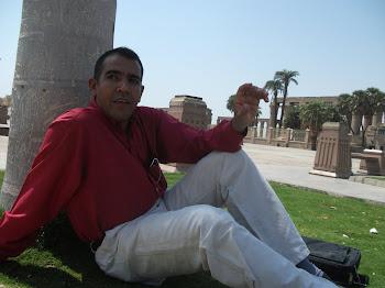 الصديق العزيز خالد حلمى الطاهر