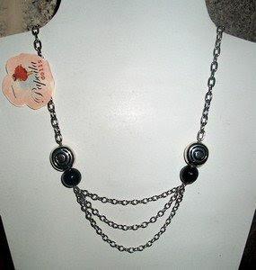 Colar em corrente prata e preto