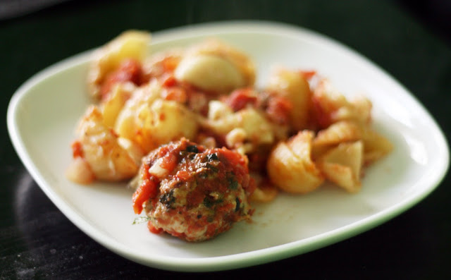 Recipes by rachel rappaport chicken spinach meatball for Baked pasta with meatballs and spinach