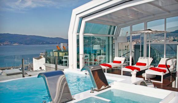 Skyline gran hotel nagari en vigo turismo galicia for Hoteles en vigo con piscina