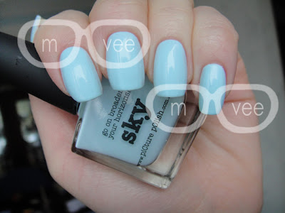 piCture pOlish sky review