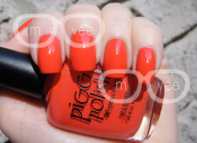 Piggy Polish Better off Red