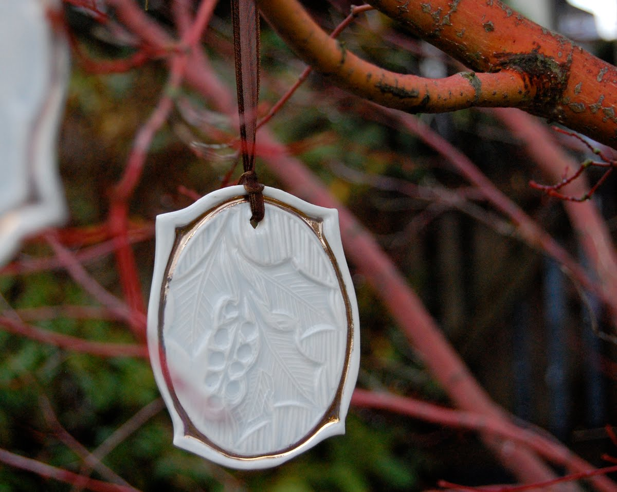 Dahlhaus new ornaments and give a way - Ornament tapete weiay ...