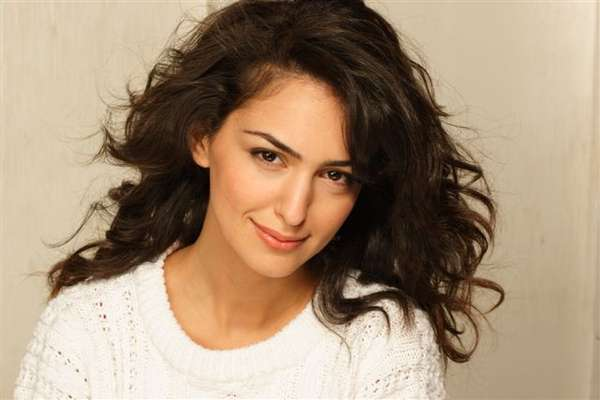 Nazanin Boniadi   Iranian Celebrities  Nazanin Boniadi Teeth