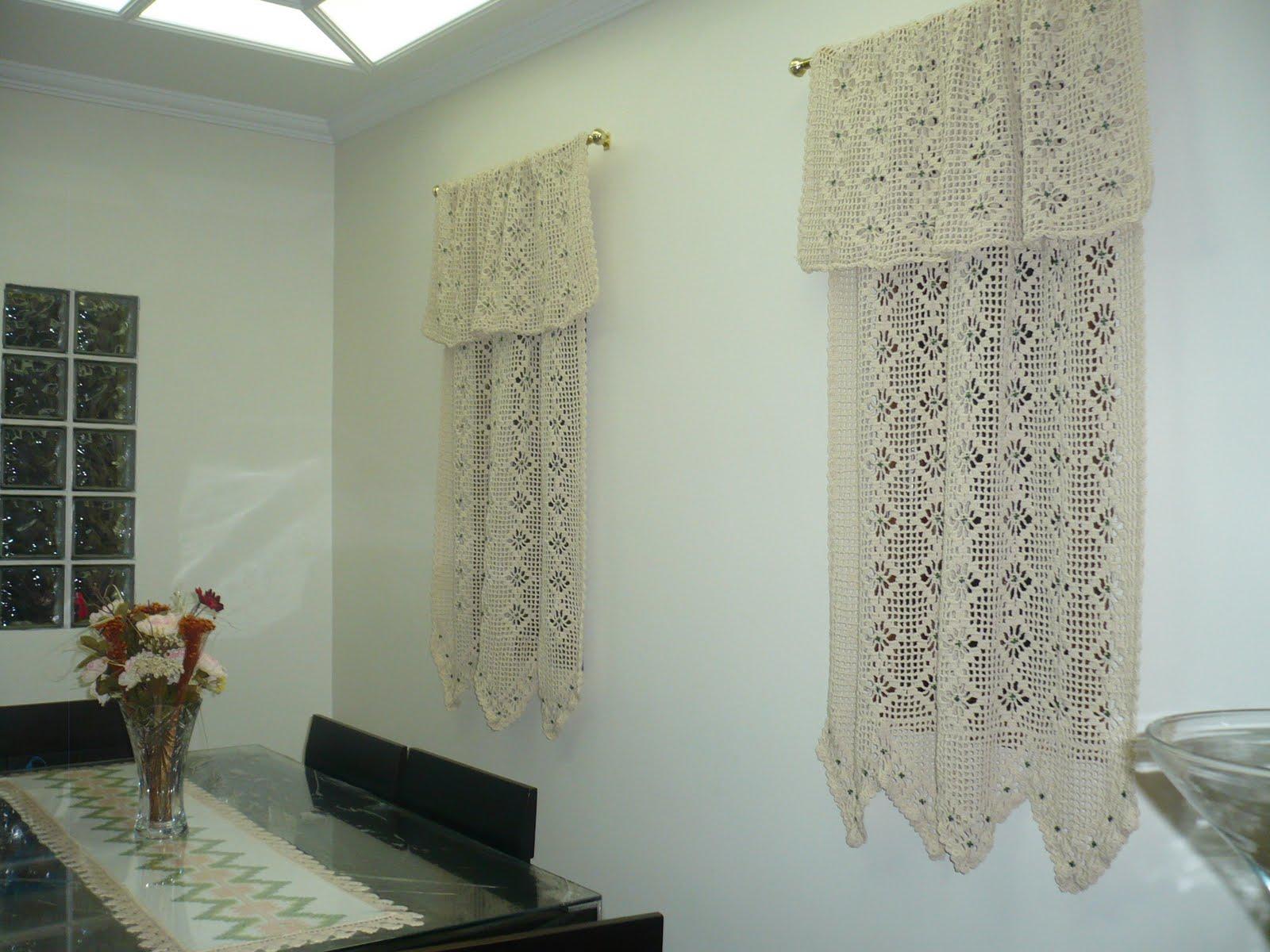 esta cortina eu fiz já faz algum tempo mas serviu como uma luva na  #5F432E 1600x1200 Banheiro Com Cortina Na Janela