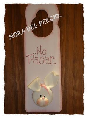 Nora Del Percio.: CUELGA PUERTAS Y PERCHAS!!!