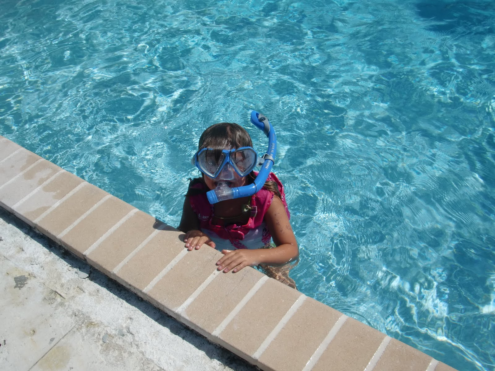Ross University School Of Medicine Chronicles Of An Adventurous Family Gabby Is Swimming And