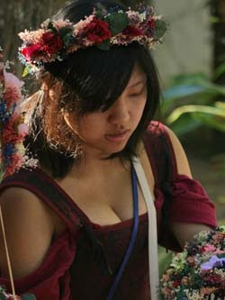 MD RenFest Flowergirl