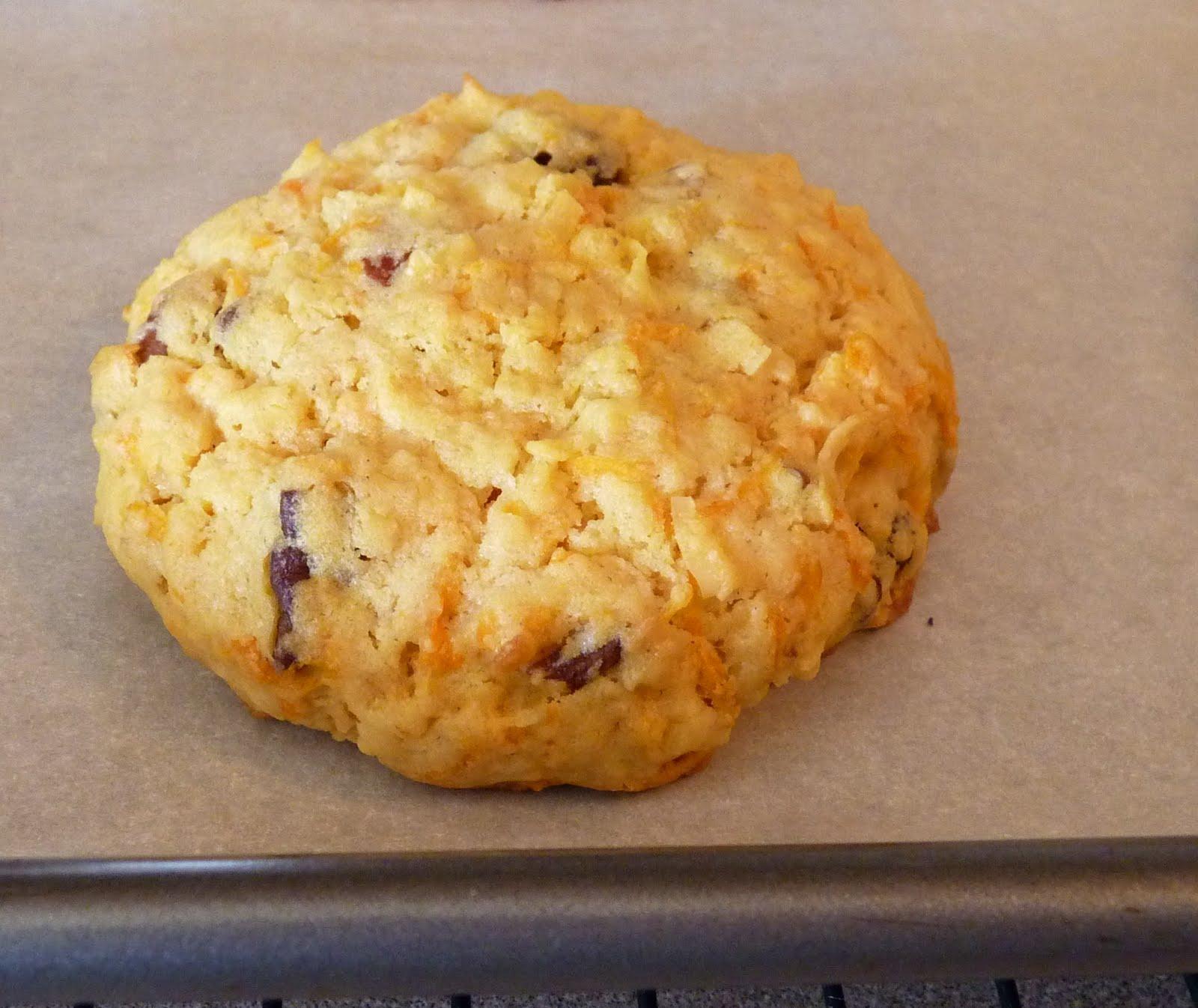 BrunetteBaker: Carrot Cake Cookies