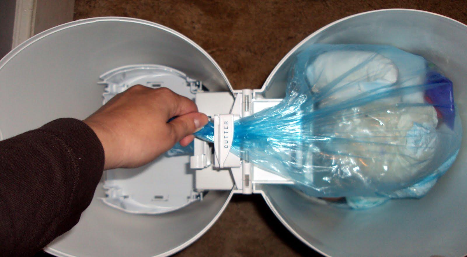 diaper pail test drive playtex diaper genie ii elite momma d and rh mommadanddaboyz net Wipe Warmer Full Diaper Genie