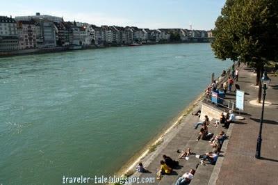 nongkrong deket Rhine