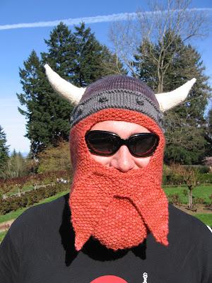 Bulky Knitting Machine Patterns : Interesting knitting pattern: Viking hat and beard - mcarterbrown.com