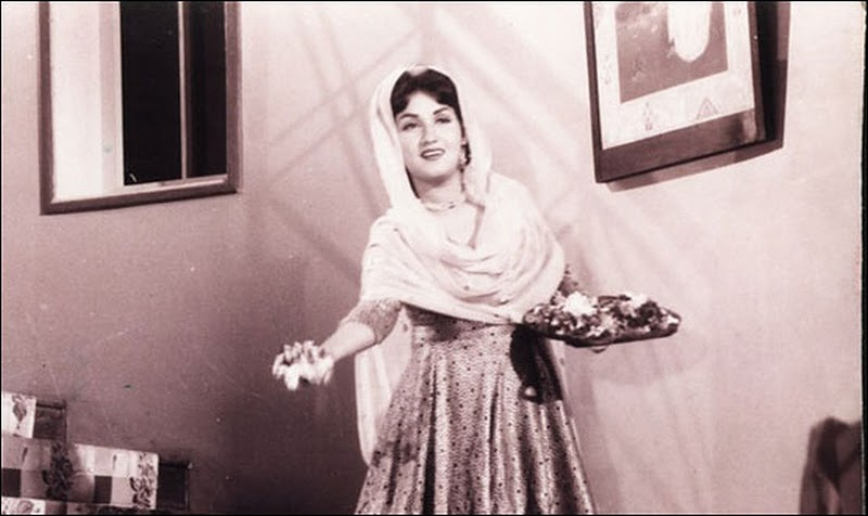 Noor Jahan Pictures - Old Bollywood Actress and Pakistani Singer