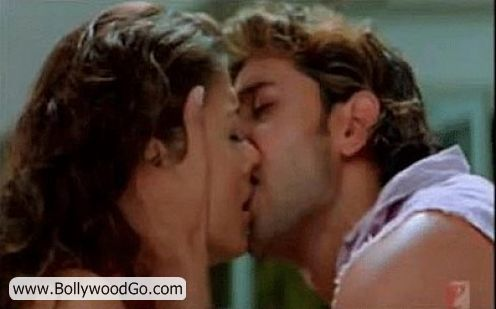 http://4.bp.blogspot.com/_uJ-SDPxtYh8/TMsAWq_kthI/AAAAAAAALCk/f2iax7iEu6g/s1600/Aishwarya+Rithik+Kiss+Picture.jpg