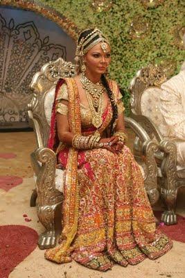 Rakhi sawant in Bridal Jewellery