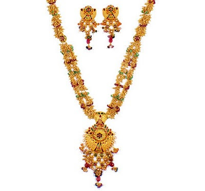 Gold Necklace in New Fashion Designs