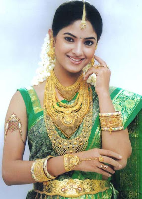 Meera Chopra in South Indian Bridal Jewellery