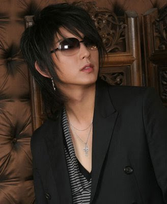 mens long hairstyles gallery. Pictures gallery of asian men hairstyles: Japanese Men