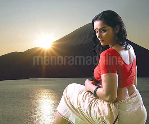 Swetha Menon Exotic Stills