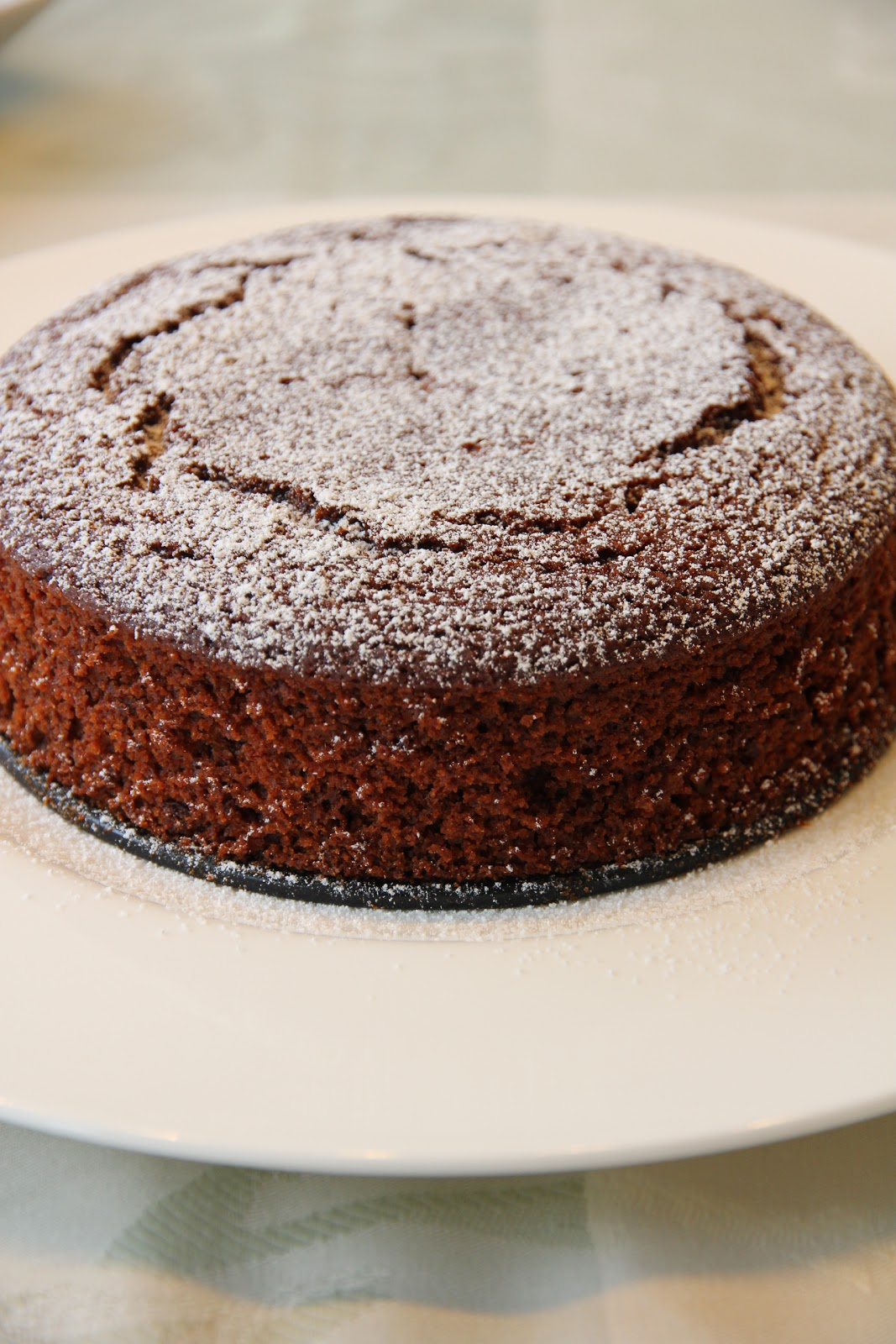 Make Your Food In Other Way: Chocolate Ginger Cake with Custard Sauce