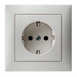 Das blog fitting a german continental european plug heres a photo of a german european socket the contacts at 12 oclock and 6 oclock are for the earth contact strips the holes at 9 and 3 oclock are asfbconference2016 Gallery