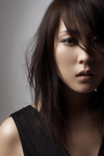 http://4.bp.blogspot.com/_uMEBpxhvXZg/RvYJ9TDym-I/AAAAAAAAATE/mBb02n-rQoM/s320/korean-singer-j.jpg