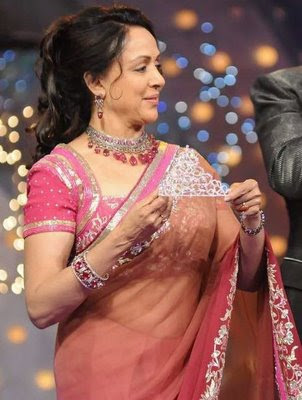 Dreamgirl Hema Malini in Pink Designer Saree