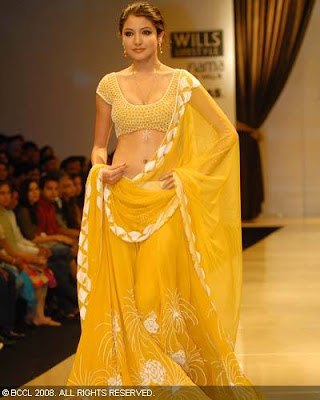 Anushka Sharma cat walk in saree