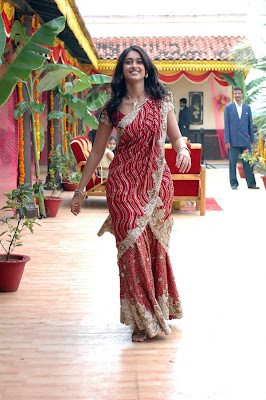 Ileana looks gorgeous in Red Designer Saree