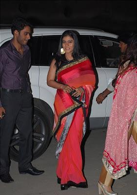 Kajol in Manish Malhotra Designer Saree at 55th Filmfare Awards 2010