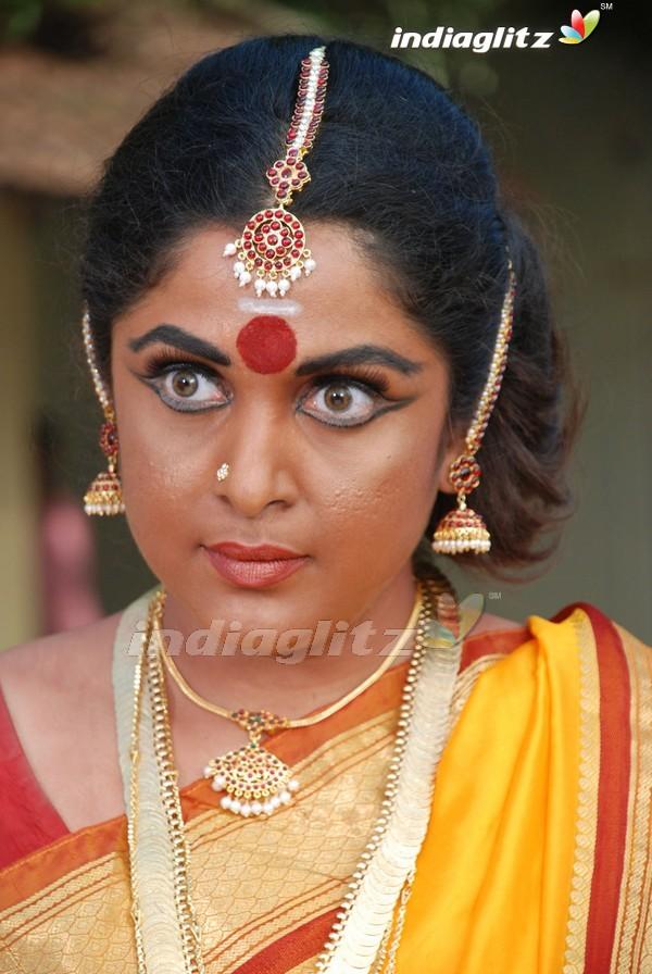 Chennai tamil girl ramya suking my cok in public train 6