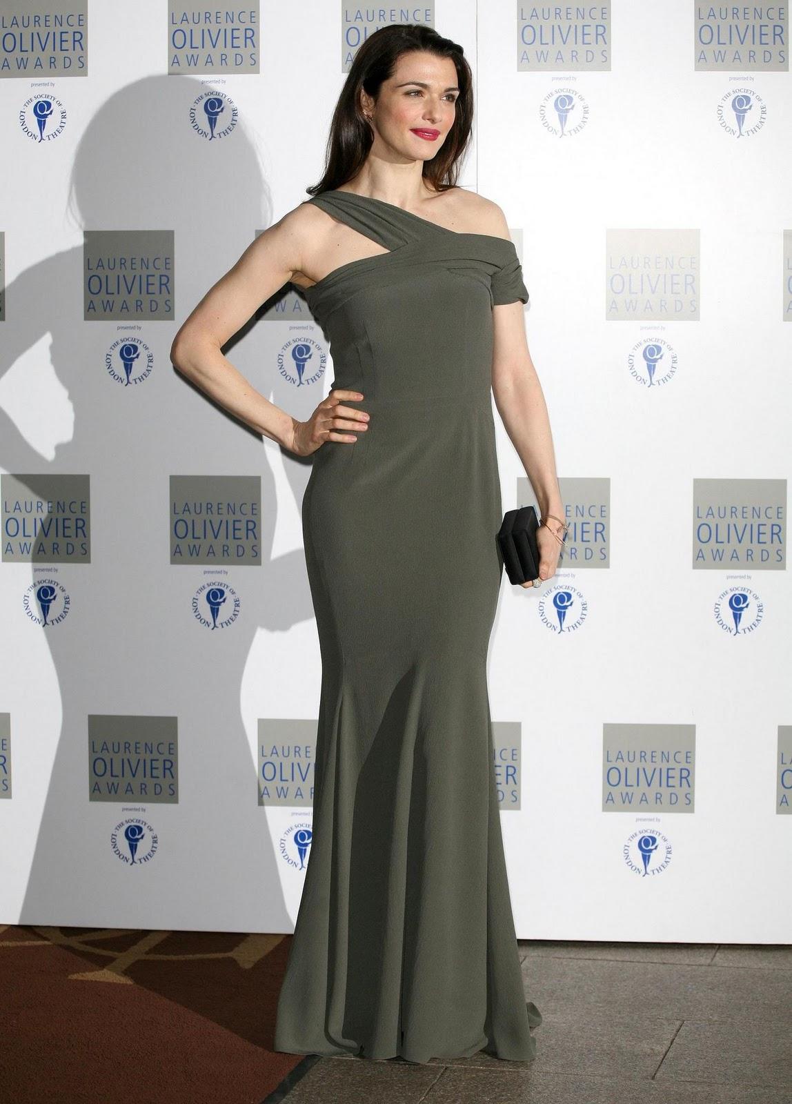http://4.bp.blogspot.com/_uMuIGJajfdg/TULHHOGh4YI/AAAAAAAAHXQ/rUaZClp4Ahs/s1600/Hot_Rachel_Weisz_pics_from_Laurence_Olivier_Awards+4.jpg