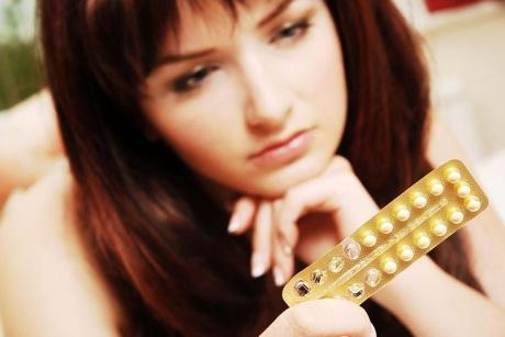 contraceptive pill kirsten dunst bikini slip coco almost nipple slip bikini miami 15 675x900 ...