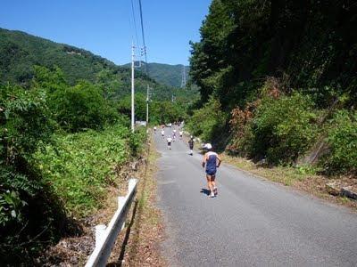 前半10km過ぎ