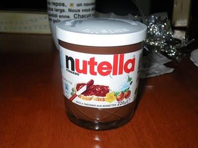 フランスで購入したnutella