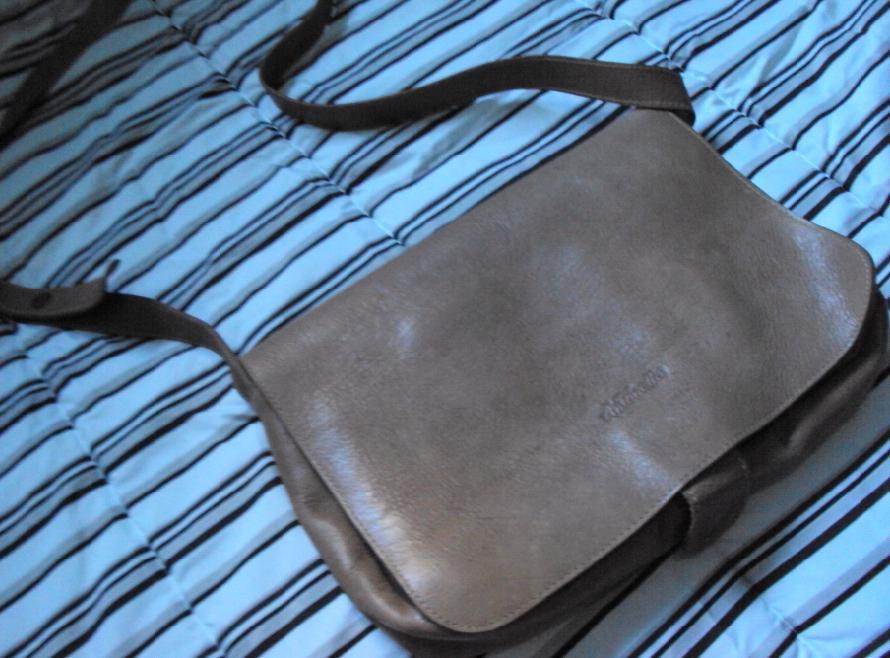 Bolsa De Couro Via Uno : Pode querer bolsa de couro antonella