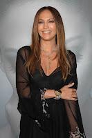 Jennifer Lopez at the 'Como Ama Una Mujer'