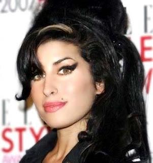Mark Ronson e  Amy Winehouse anunciam novo álbum juntos