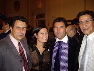 Félix Lavilla con Alana Morceri, Vidal y Luis Salvador