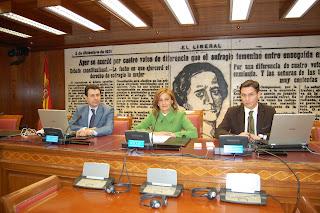 Félix Lavilla, Carmela Silva y Luis Salvador. Foto Prensa Grupo Socialista Senado. Arantxa