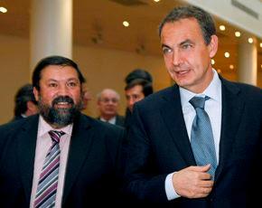 Fran Caamaño con el Presidente del Gobierno en el Senado de España