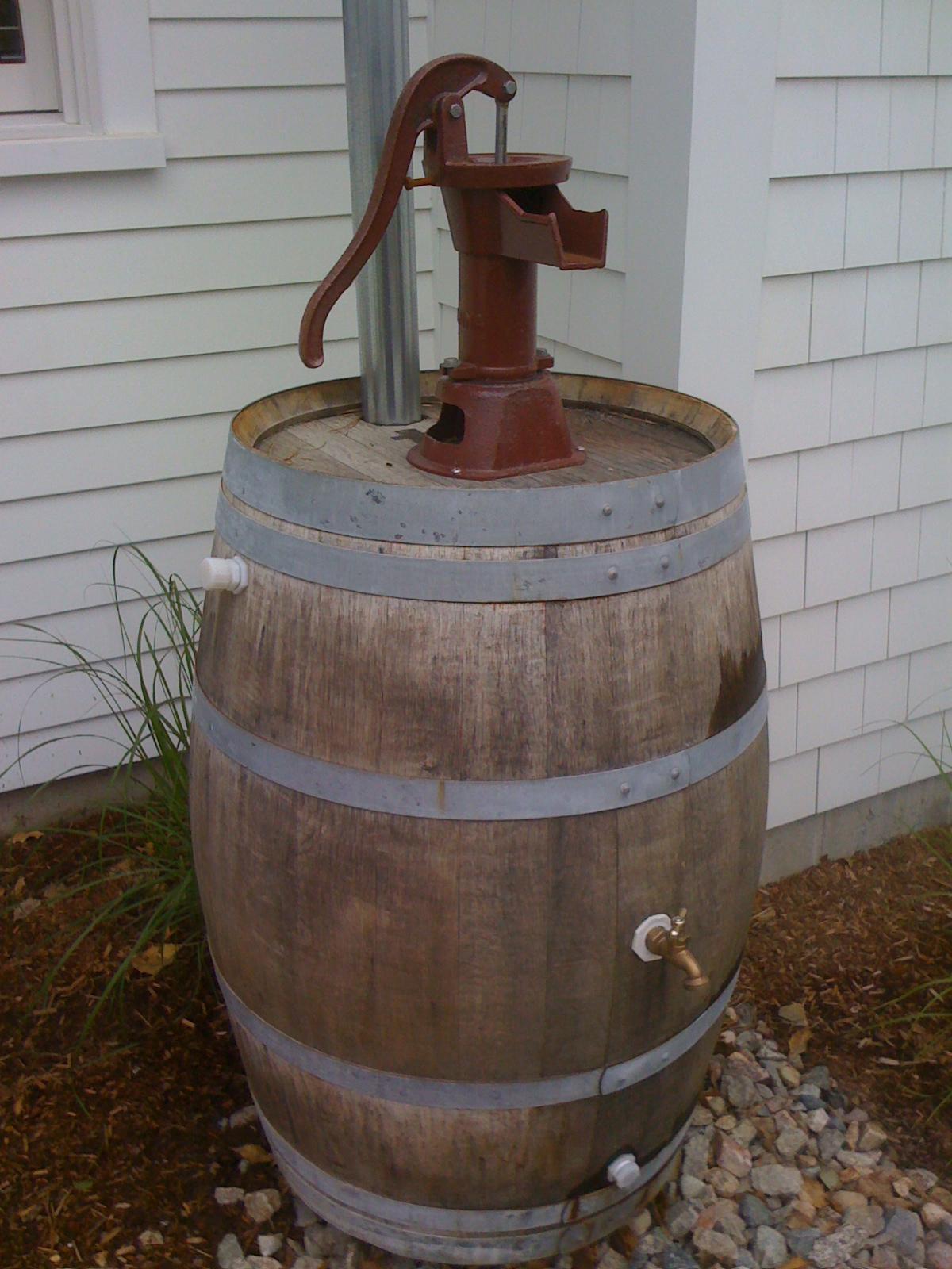 how to keep rain barrel water fresh