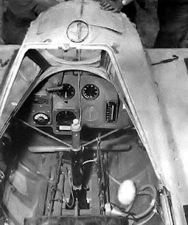 Yokosuka Ohka: o avião-foguete kamikaze japonês  Yokosuka-Ohka-Cockpit