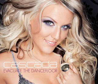 I'm the chick from Cascada.  I sing real good and more, I also speak English real good.