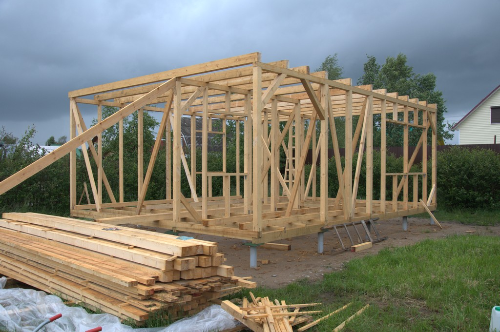 Построить дом своими руками одноэтажный видео