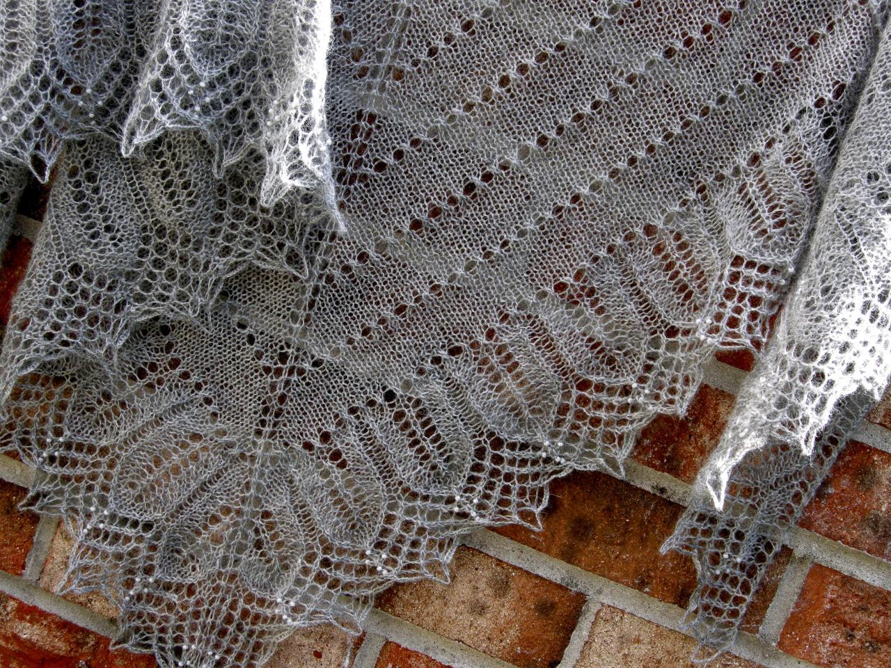 Вязание платков спицами с фото 55